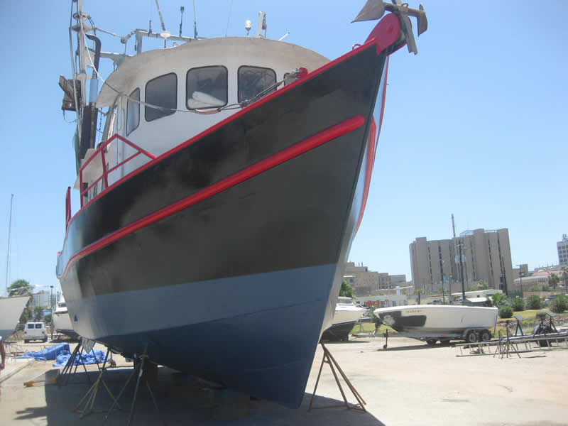 Ship Sandblasting and Painting